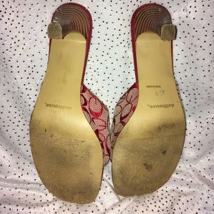 Dollhouse Shoes - EUC Dollhouse Red Patterned Wooden Heels